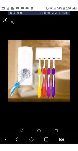 suporte de pasta de dente e escovas de dente
