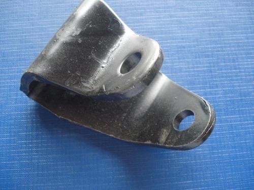 suporte do amortecedor dianteiro f4000 /92 ld/le