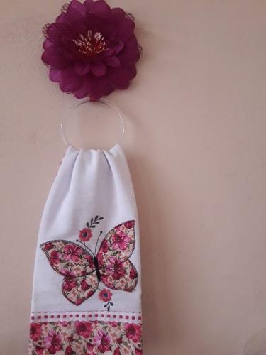 suporte floral com panos de prato