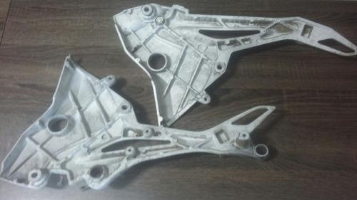 suporte pedaleira traseiro cb 300 (par) original