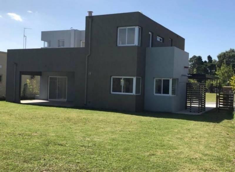 susana aravena propiedades-excelente casa en alquiler