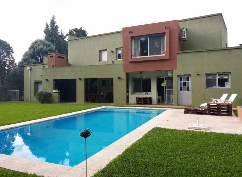 susana aravena propiedades -excelente casa en saint matthew´s pilar