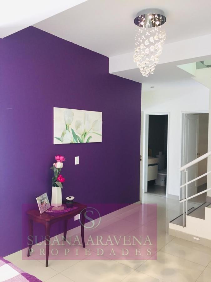 susana aravena propiedades-excelente casa en venta en bermudas