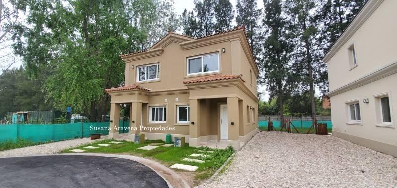 susana aravena propiedades-excelente duplex a estrenar con jardin en liquidambar