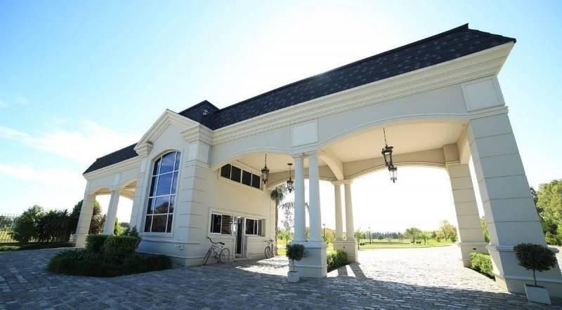 susana aravena propiedades-excelente lote en venta en chateau pilar
