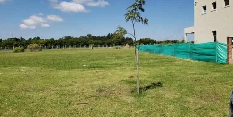 susana aravena propiedades fv vende hermoso y amplio lote en santa elena pilar del este