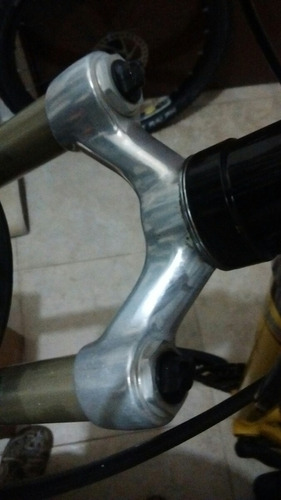 suspensión sid rock shox xc hydra air bicicleta montana