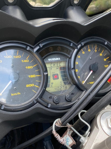 susuki vstrom 650cc 200