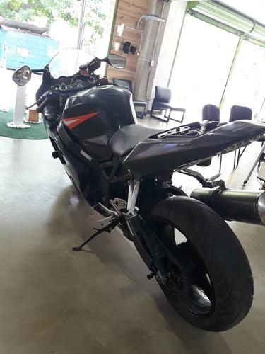 suzuki 600cc gsx-r negra 2004
