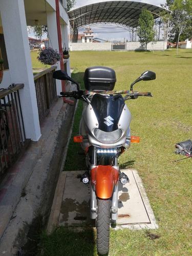 suzuki 650 freewind
