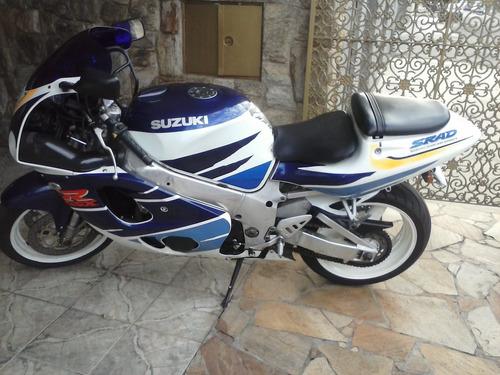 suzuki 750 por