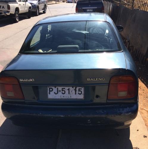 suzuki baleno 1997 sedan 4 puertas, motor en buen estado.