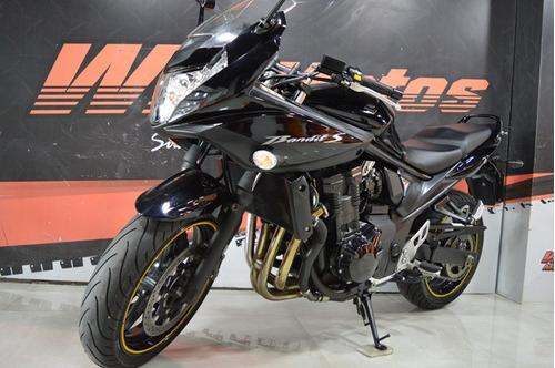 suzuki   bandit 650s . 2011