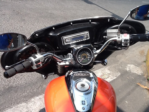 suzuki boulevard m50. 800cc mod. 2005.