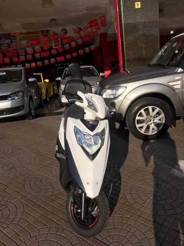 suzuki burgman 125 automatia suzuki lind