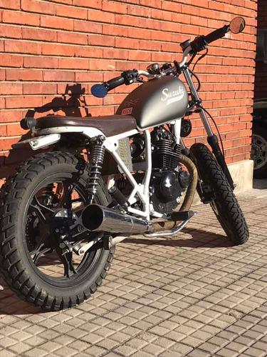suzuki custom moto