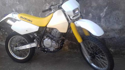 suzuki dr 250 cc