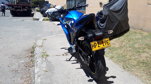 suzuki gixxer sf 155cc / 2017 / frenos de disco / negociable