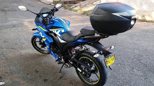 suzuki gixxer sf nueva / doble freno disco / fuel injection