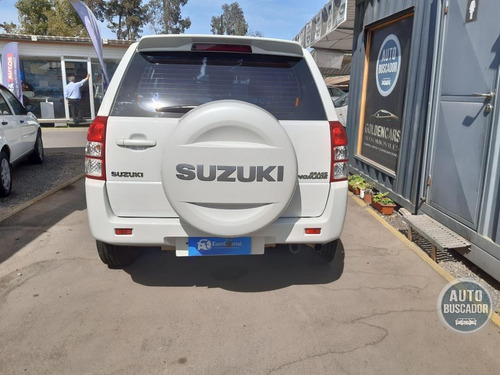 suzuki grand