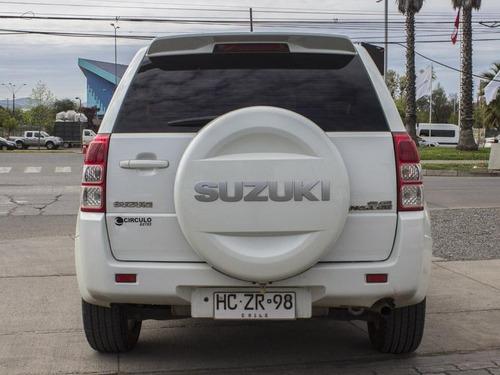 suzuki grand nomade mt ac 4x4 2015