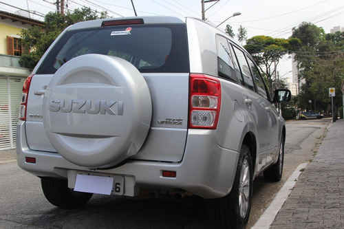 suzuki - grand vitara 2.0 4wd automático 2013 prata