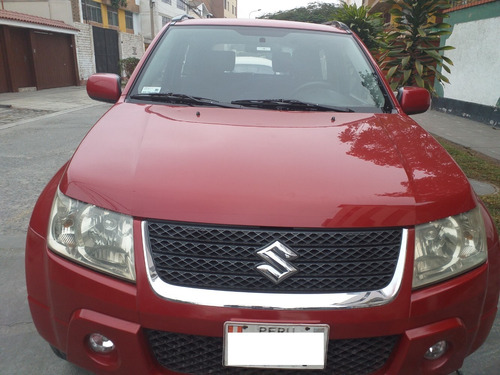 suzuki grand vitara 2011 negociable