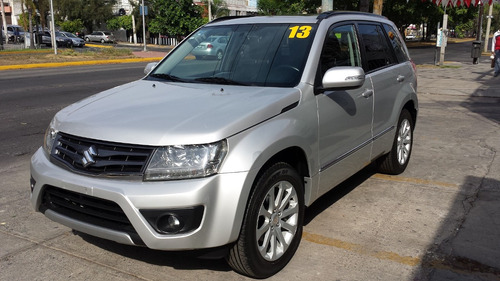 suzuki grand vitara 2.4 gls at special