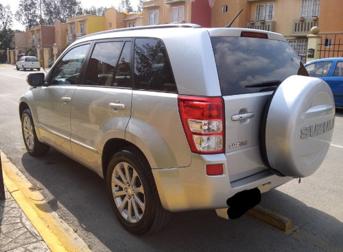 suzuki grand vitara 2.4 gls l4/ 4x4 at