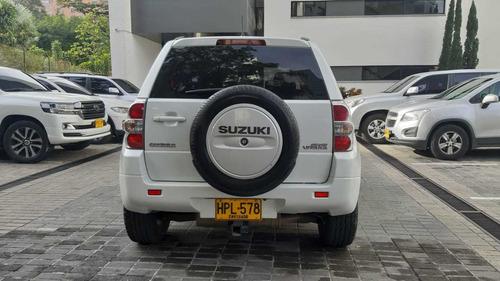suzuki grand vitara 3 puertas, 53.000km  2014 4x4 2.4