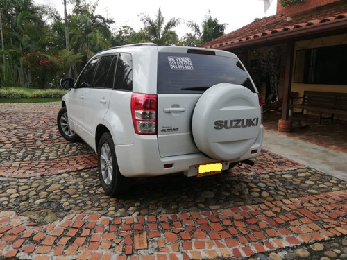 suzuki grand vitara camioneta 2015