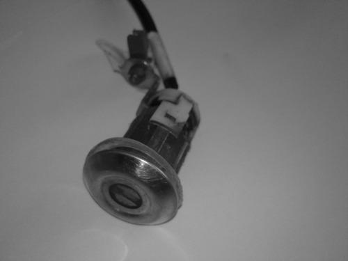 suzuki grand vitara cilindro electrico del portalon trasero