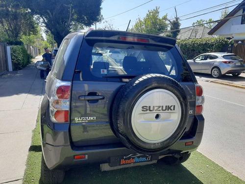 suzuki grand vitara glx 2.4 2017