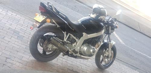 suzuki gs 500 2002