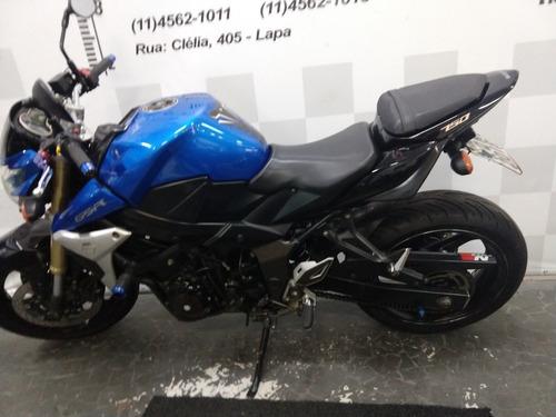 suzuki gsr 750 moto