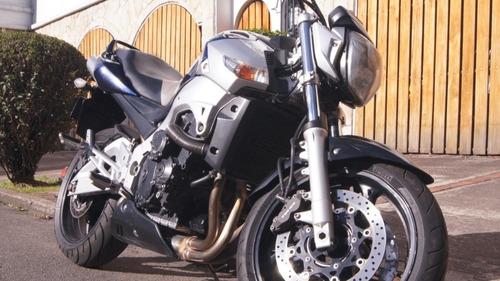 suzuki gsr600 perfecto estado - poco kilometraje!!