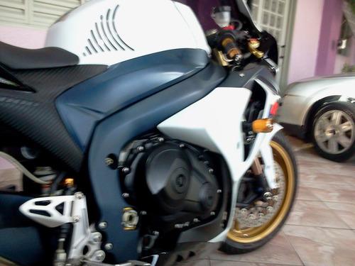 suzuki ,gsx-r 1000