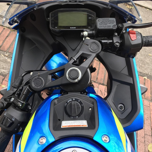 suzuki gsx-r 150 2022 - financiable