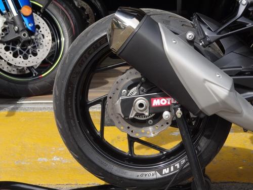 suzuki gsx s 750 negra