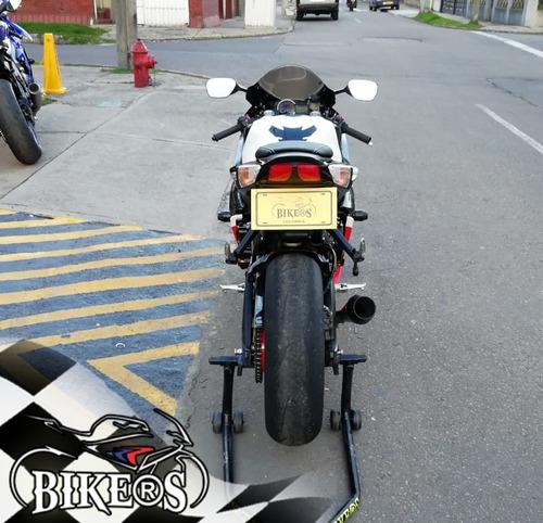 suzuki gsxr 600 2011 como nueva ,    bikers