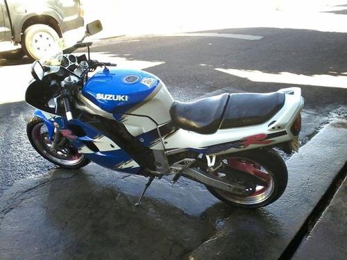 suzuki gsxr1100w - a lendária, essa é a mais nova do brasil