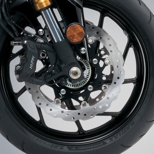 suzuki gsxs 750