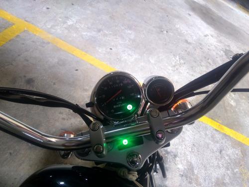 suzuki gz150 negra  2015 poco uso moto de turismo