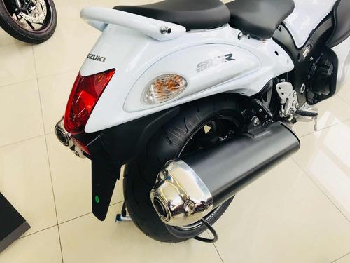 suzuki - hayabusa - 1300cc