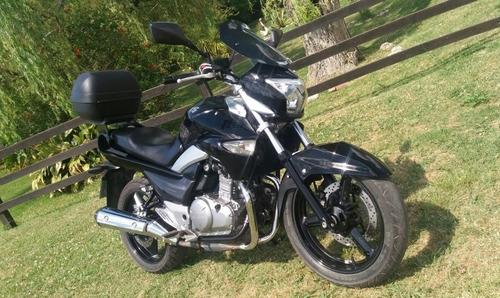 suzuki inazuma 250cc
