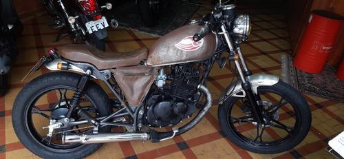 suzuki intruder 125  custom