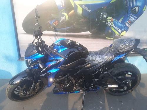 suzuki naked gsx-s 750 azul com preto