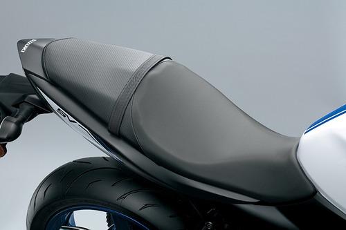 suzuki naked moto