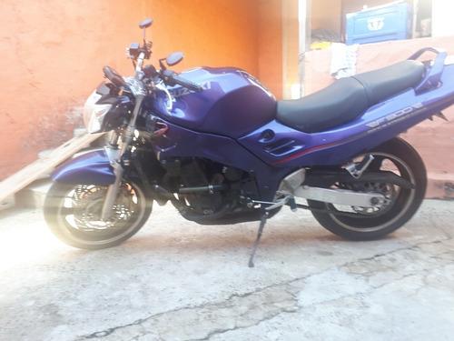 suzuki rf 900