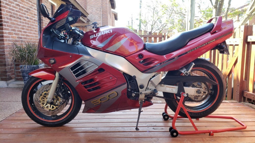 suzuki rf 900 r